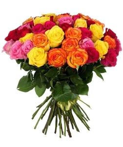 Яркий букет из 19 роз